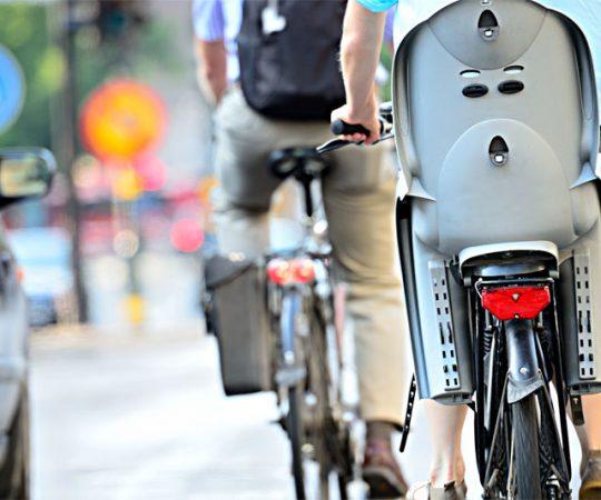 Jaki wybrać fotelik na rower dla dziecka?